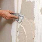 Как поступать с неровными стенами в помещении