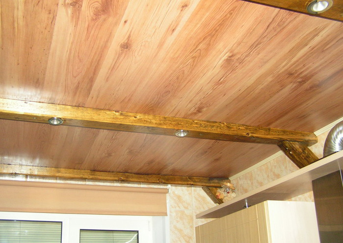 Отделка деревянного потолка своими руками 821