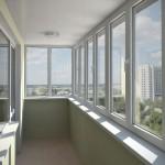 Остекление ПВХ конструкциями балкона