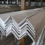 Преимущества и сфера применения уголков из нержавеющей стали