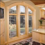 Деревянные или пластиковые окна выгоднее